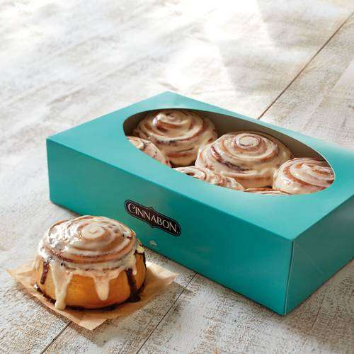 Cinnabon - bakery  | Photo 6 of 10 | Address: NJ Turnpike Mile Marker 116 E, Ridgefield, NJ 07657, USA | Phone: (201) 943-1171