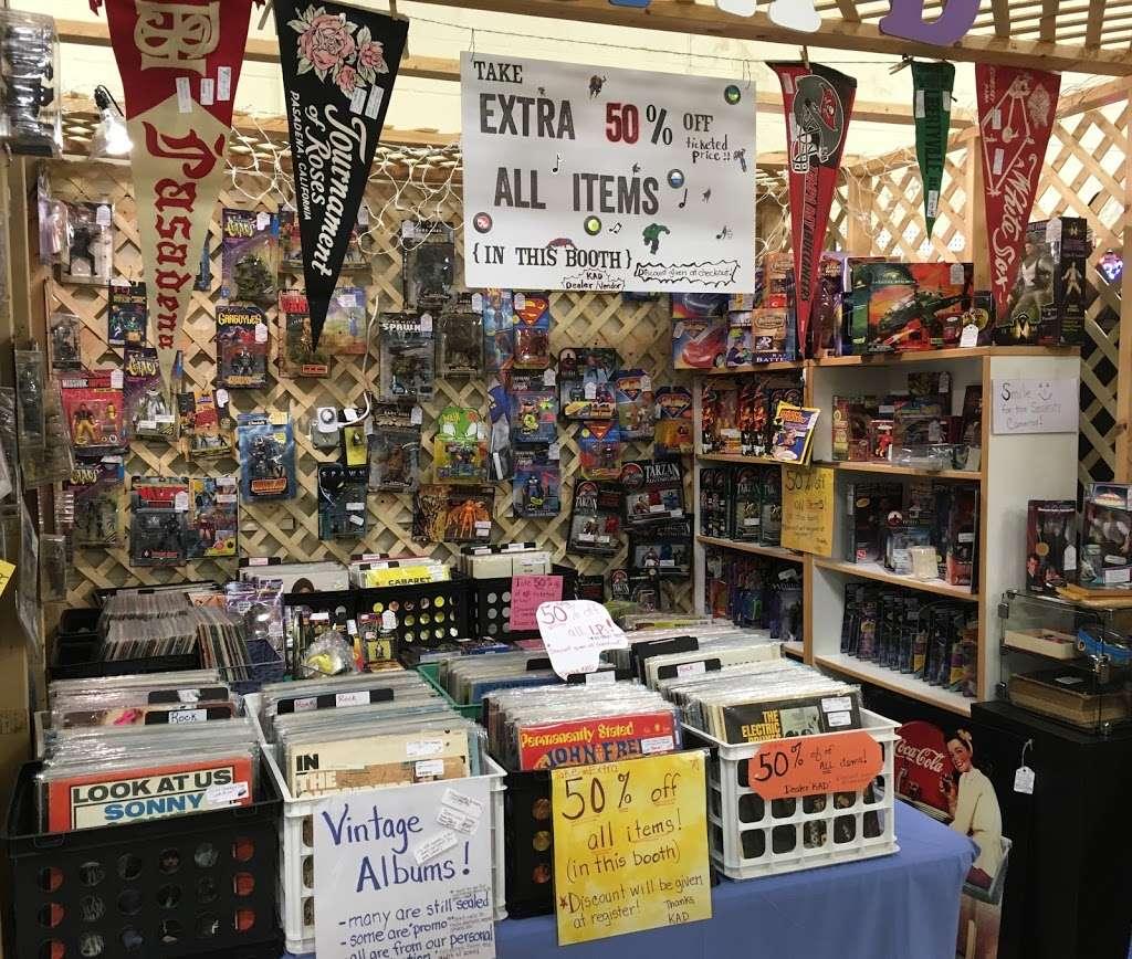 Wildwood Antique Mall of Lakeland - jewelry store  | Photo 2 of 9 | Address: 3530 US Hwy 98 N, Lakeland, FL 33809, USA | Phone: (863) 603-3917