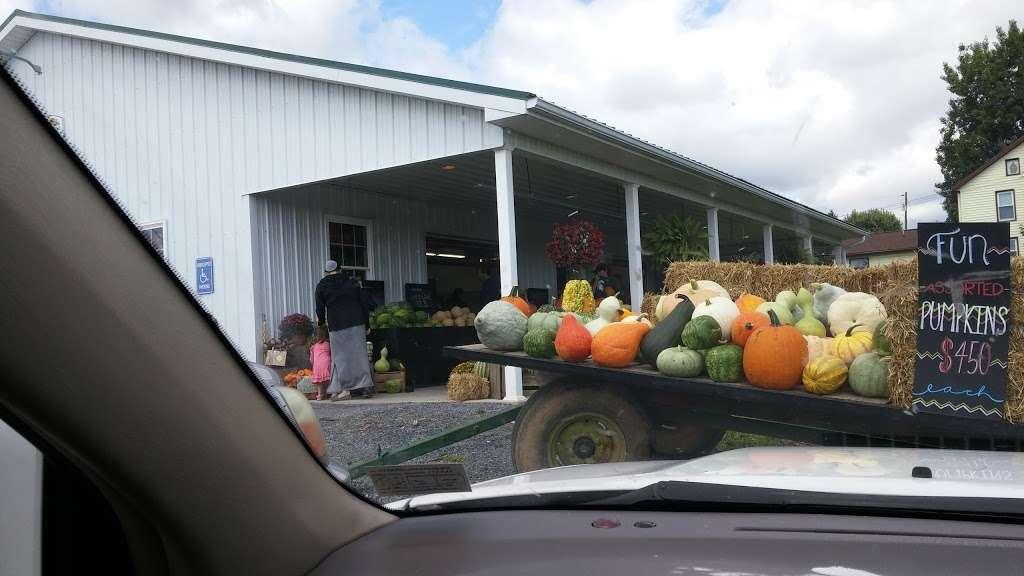 Hess Orchards - store  | Photo 6 of 10 | Address: 3793, 3979 Wayne Rd, Chambersburg, PA 17202, USA | Phone: (717) 264-8872