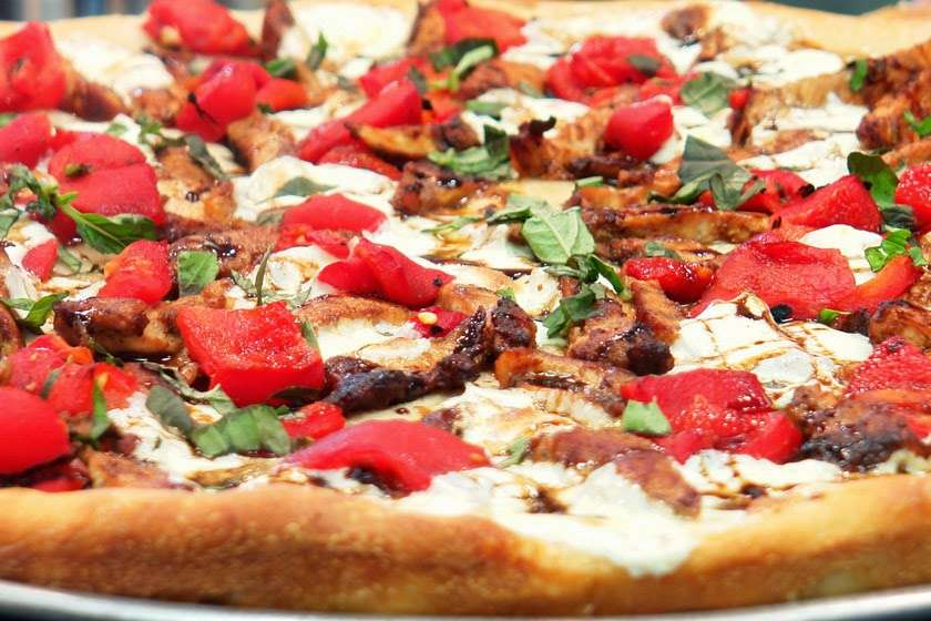 Cuzzins Pizza - meal delivery  | Photo 5 of 10 | Address: 40 Thoreau Dr, Freehold, NJ 07728, USA | Phone: (732) 431-2899
