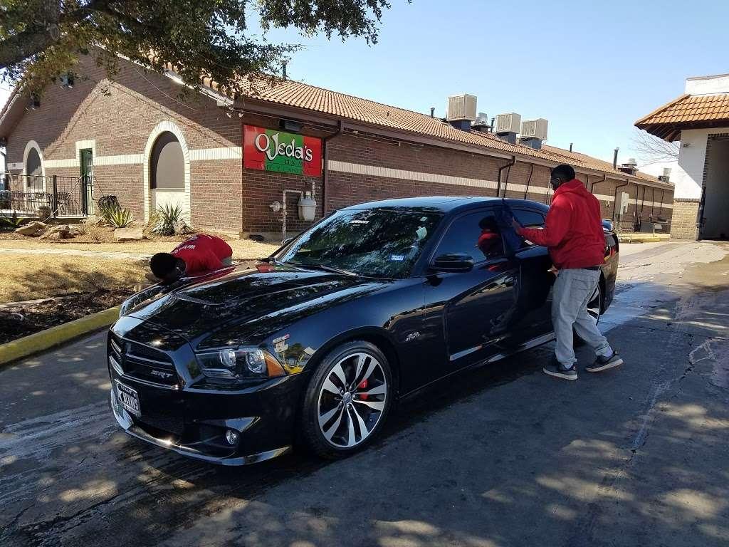 Star Car Wash - car wash    Photo 3 of 10   Address: 2111 N Hampton Rd, DeSoto, TX 75115, USA   Phone: (972) 298-5772