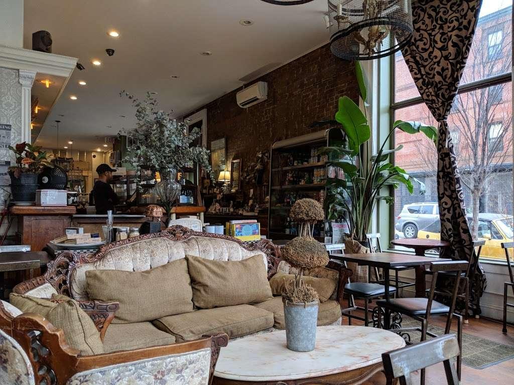 Urban Vintage - cafe  | Photo 5 of 10 | Address: 294 Grand Ave, Brooklyn, NY 11238, USA | Phone: (718) 783-6045