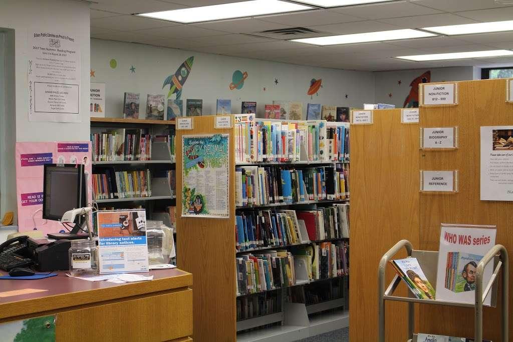 Edison Public Library: Clara Barton Branch - library  | Photo 3 of 10 | Address: 2600, 141, Hoover Ave, Edison, NJ 08837, USA | Phone: (732) 738-0096