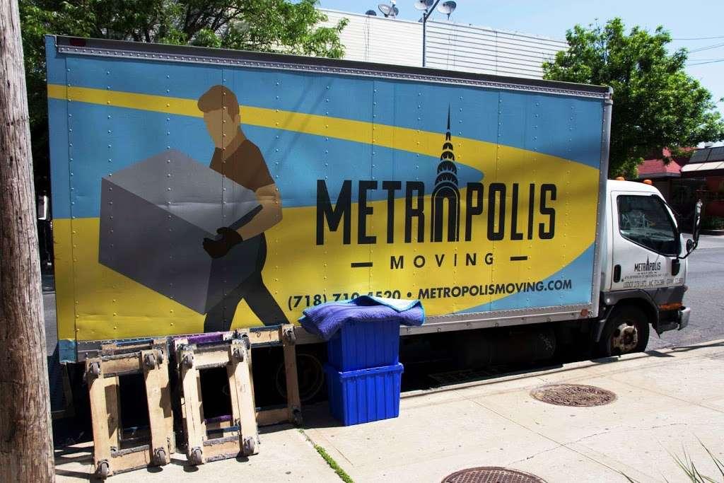 Metropolis Moving - moving company  | Photo 2 of 10 | Address: 476 Jefferson St, Brooklyn, NY 11237, USA | Phone: (718) 710-4520