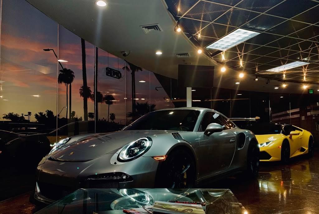Riding in Style - car dealer    Photo 1 of 10   Address: 811 N Scottsdale Rd, Scottsdale, AZ 85257, USA   Phone: (480) 656-1604