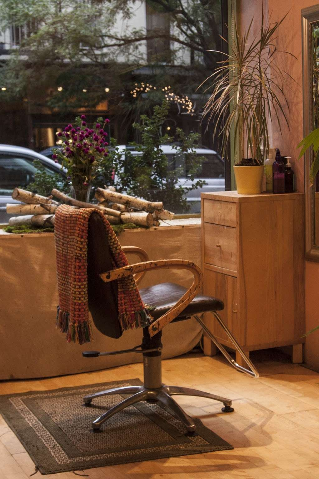 Swing Organic Salon - hair care  | Photo 3 of 7 | Address: 280 E 10th St, New York, NY 10009, USA | Phone: (212) 677-2008