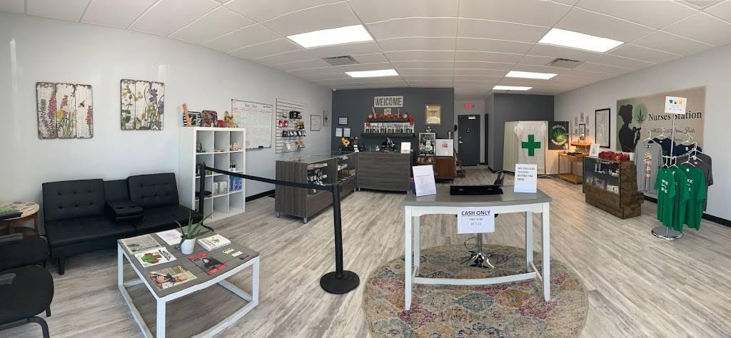 Nurses Station Dispensary - health  | Photo 4 of 10 | Address: 13624 N Rockwell Ave, Oklahoma City, OK 73142, USA | Phone: (405) 506-0272