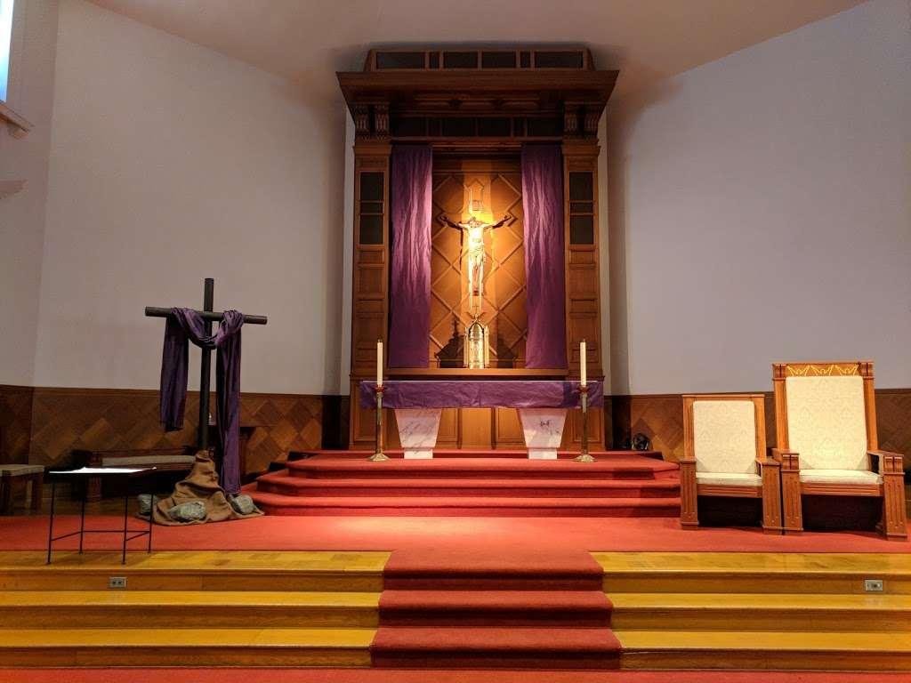 Holy Angels Catholic Church - church  | Photo 3 of 10 | Address: 370 Campus Dr, Arcadia, CA 91007, USA | Phone: (626) 447-1671
