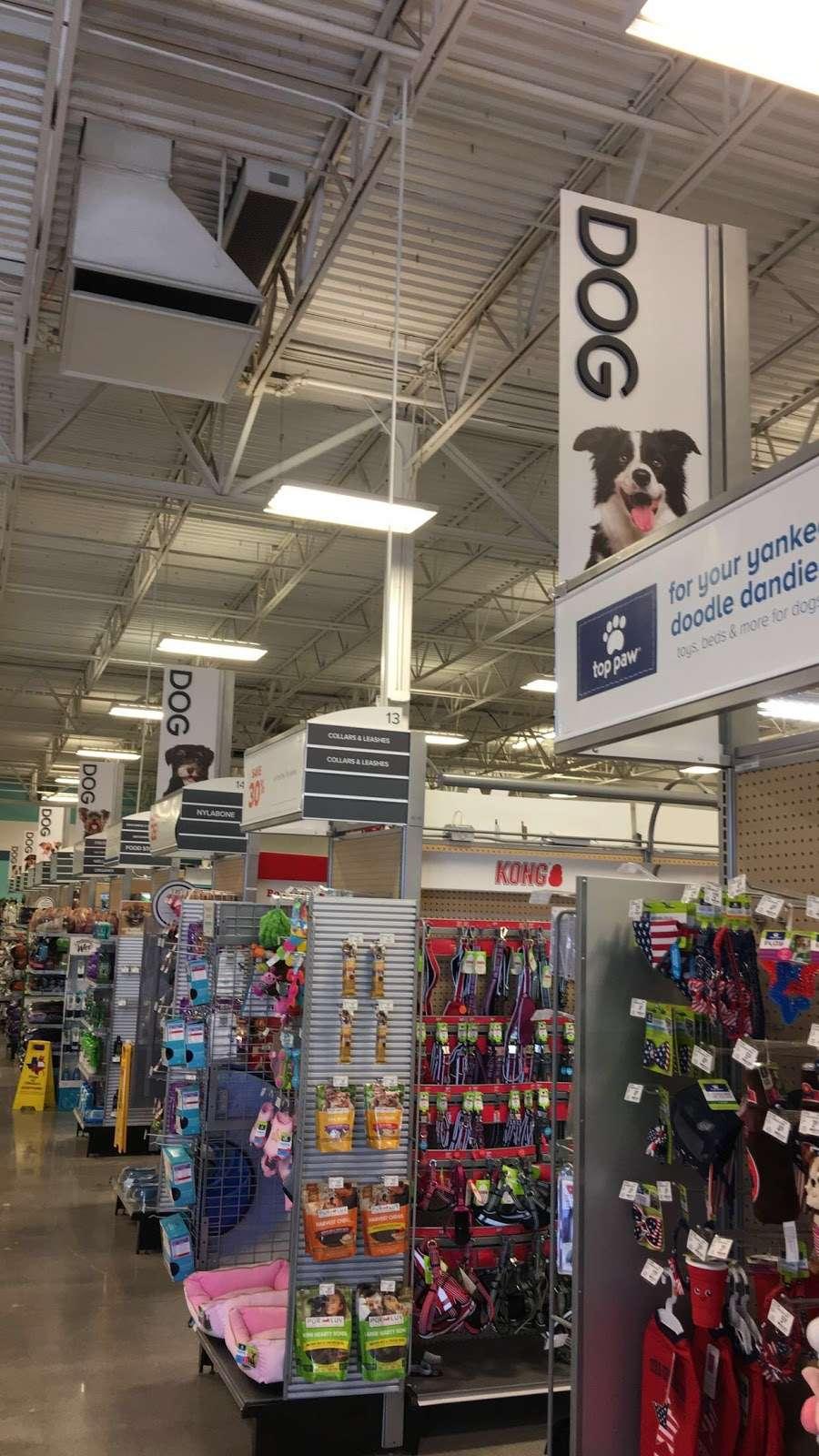 PetSmart - veterinary care  | Photo 6 of 10 | Address: 20518 Hwy 59 N, Humble, TX 77338, USA | Phone: (281) 540-1274