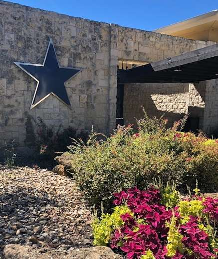 Cowboys Golf Club - school    Photo 6 of 9   Address: 1600 Fairway Dr, Grapevine, TX 76051, USA   Phone: (817) 481-7277