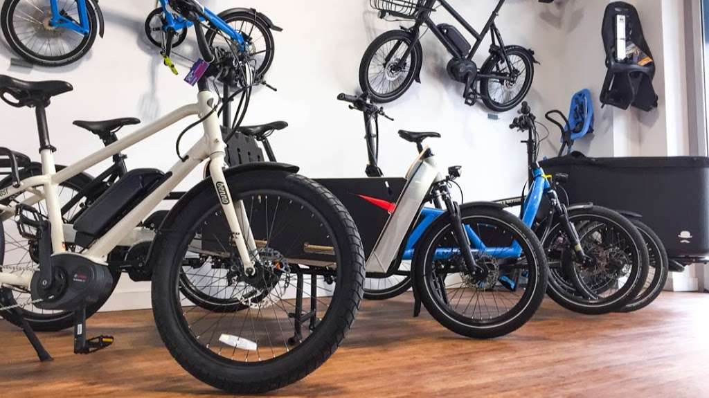 Propel Electric Bikes - bicycle store  | Photo 1 of 10 | Address: 134 Flushing Ave, Brooklyn, NY 11205, USA | Phone: (718) 643-4542