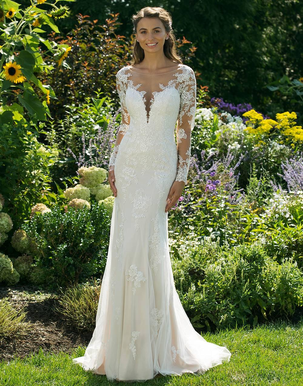 Breathless Bridal - clothing store    Photo 2 of 6   Address: 1741 US-41, Ridgetop, TN 37152, USA   Phone: (615) 855-0644