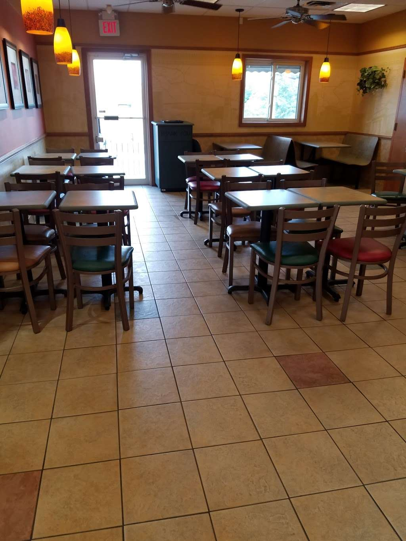 Subway Restaurants - restaurant  | Photo 6 of 10 | Address: 34-12 Broadway, Fair Lawn, NJ 07410, USA | Phone: (551) 224-8734