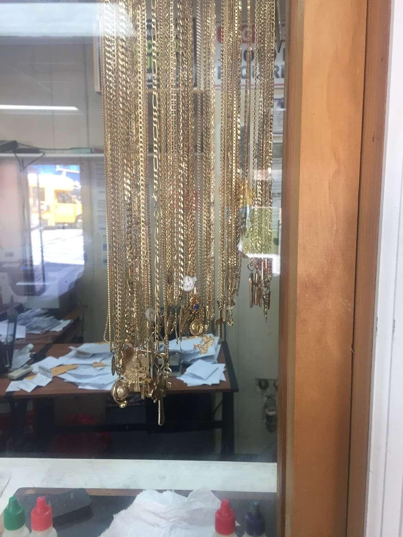 STAR GOLD & GEM - store  | Photo 10 of 10 | Address: 400 E Gun Hill Rd, Bronx, NY 10467, USA | Phone: (347) 346-4080