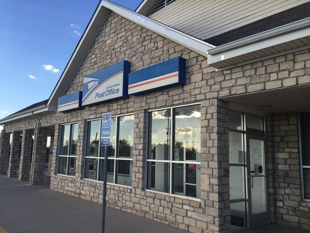 United States Postal Service - post office    Photo 4 of 6   Address: 605 W Main St, Fabens, TX 79838, USA   Phone: (800) 275-8777