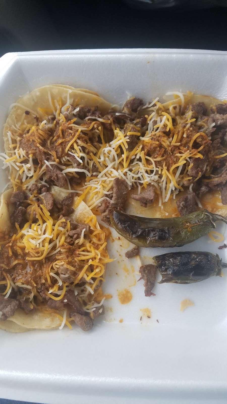 El Vergel Taco truck - restaurant    Photo 1 of 2   Address: Platteville, CO 80651, USA   Phone: (970) 302-4510