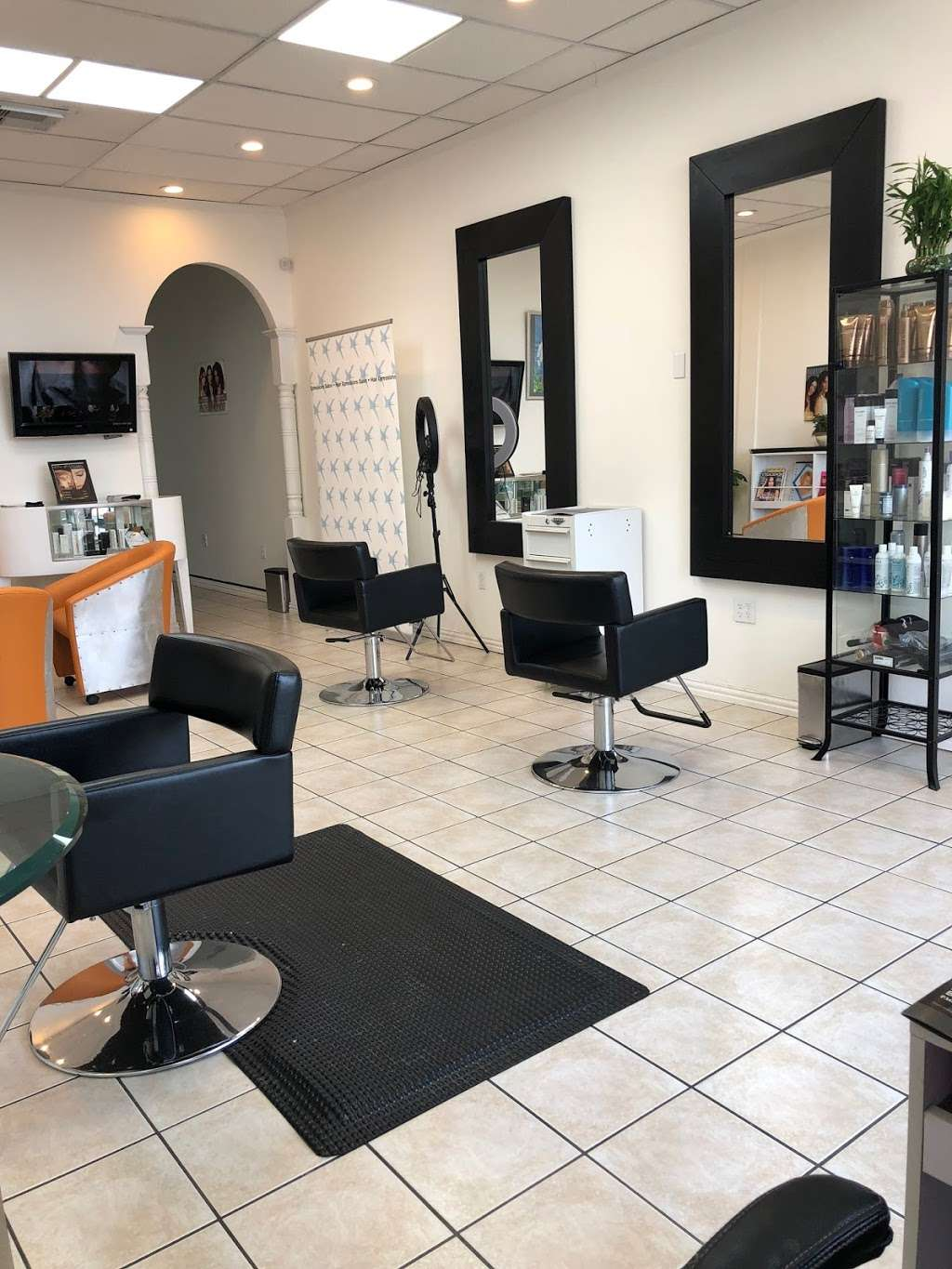 Hair Xpressions Salon - hair care  | Photo 1 of 10 | Address: 8949 Westheimer Rd, Houston, TX 77063, USA | Phone: (713) 550-9266