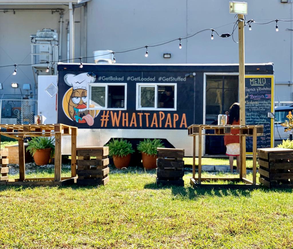 Whattapapa - restaurant  | Photo 3 of 4 | Address: 5317 E Sligh Ave, Tampa, FL 33617, USA | Phone: (813) 422-1852
