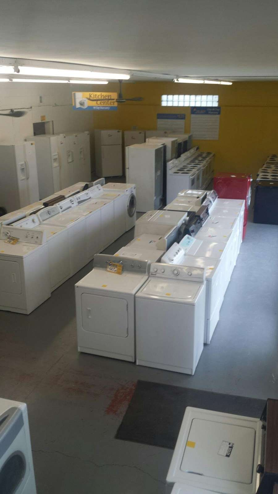 Big Jons Used Appliances - home goods store    Photo 5 of 9   Address: 2678 E Main St, Plainfield, IN 46168, USA   Phone: (317) 268-6880