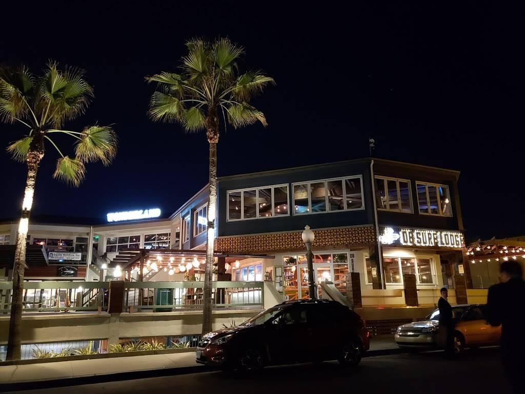 Wonderland Ocean Pub - restaurant  | Photo 3 of 7 | Address: 5083 Santa Monica Ave, San Diego, CA 92107, USA | Phone: (619) 255-3358