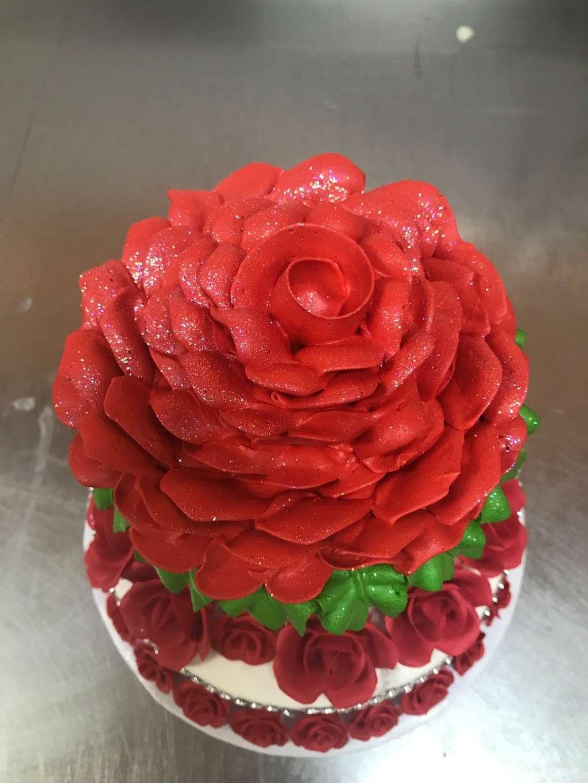 Vegas Bakery - bakery  | Photo 4 of 10 | Address: 2041 N Jones Blvd, Las Vegas, NV 89108, USA | Phone: (702) 685-0221