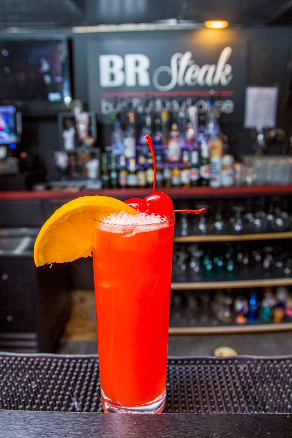 BR Bar - restaurant  | Photo 8 of 10 | Address: 18601 S Cicero Ave, Country Club Hills, IL 60478, USA | Phone: (708) 799-6223