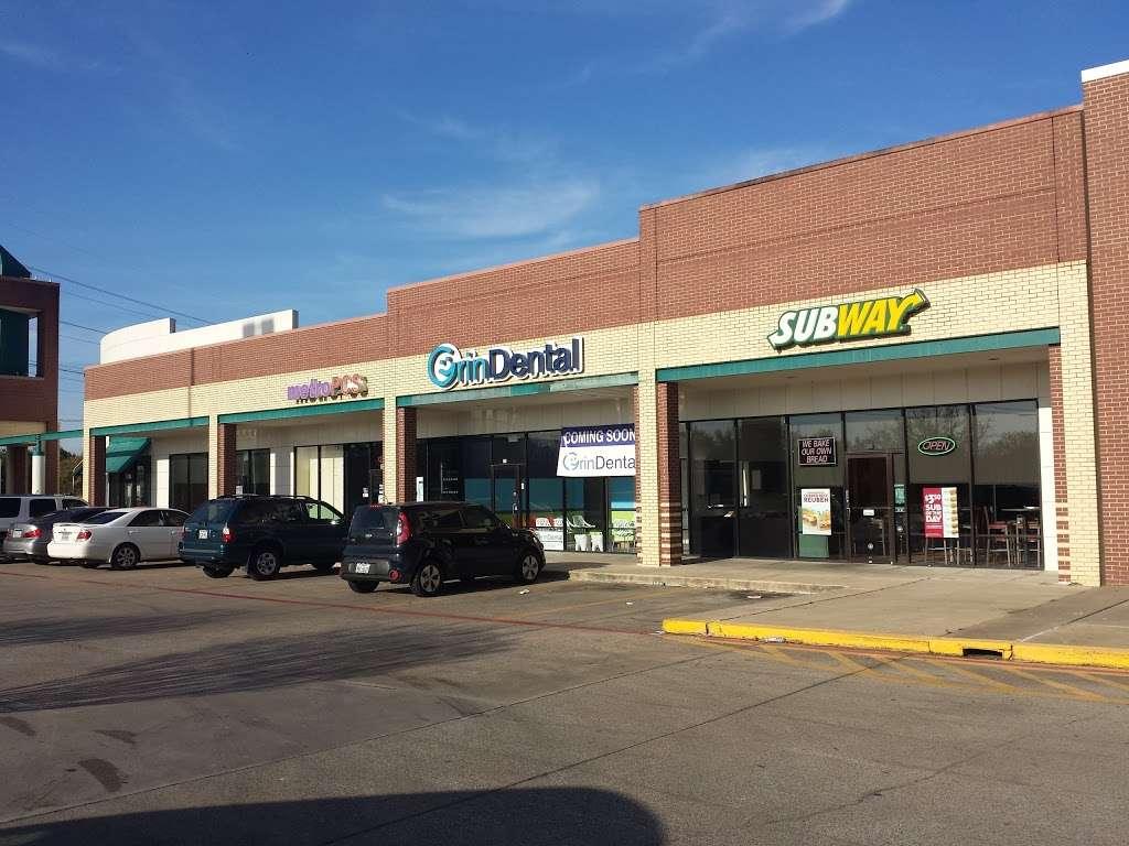 Subway - restaurant  | Photo 1 of 5 | Address: 3046 Lavon Dr Ste 128, Garland, TX 75040, USA | Phone: (972) 495-0245