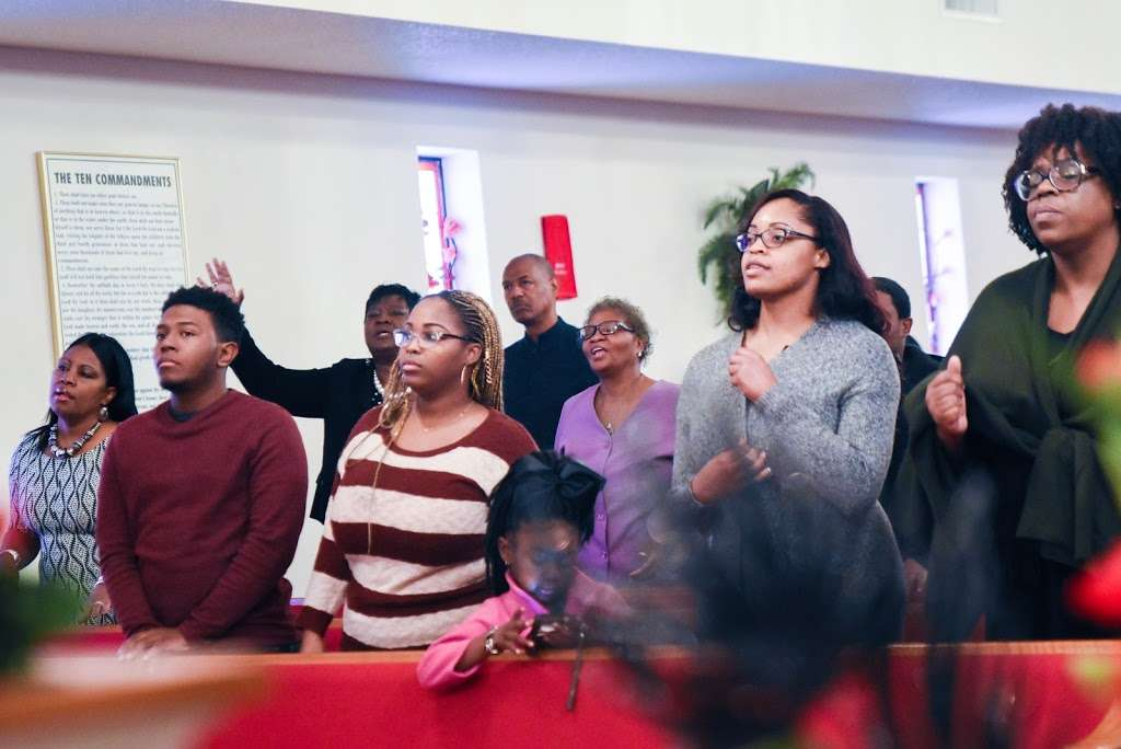 St. Holland Missionary Baptist Church - church  | Photo 5 of 10 | Address: 6395, 15898 Hwy 6, Navasota, TX 77868, USA | Phone: (936) 253-6056