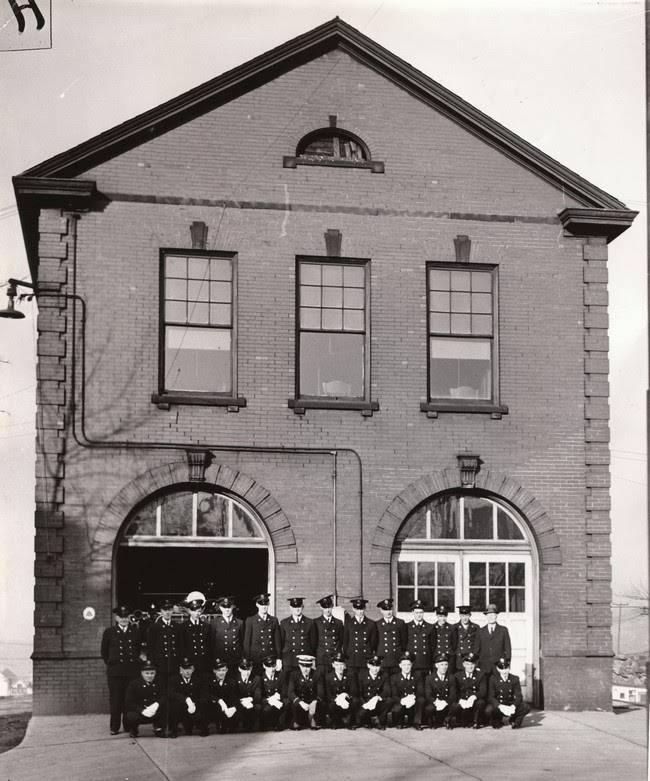 Munhall Volunteer Fire Co # 1 - fire station  | Photo 2 of 9 | Address: 1300 Martha St, Munhall, PA 15120, USA | Phone: (412) 464-7321