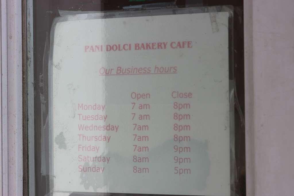 Pani Dolci - bakery  | Photo 3 of 6 | Address: 13767 Queens Blvd, Jamaica, NY 11435, USA | Phone: (718) 526-4407