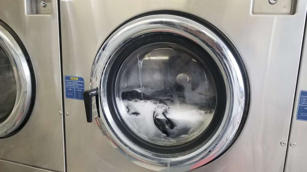 Coin-OP Laundry - laundry  | Photo 3 of 5 | Address: 10330 Lower Azusa Rd, El Monte, CA 91731, USA