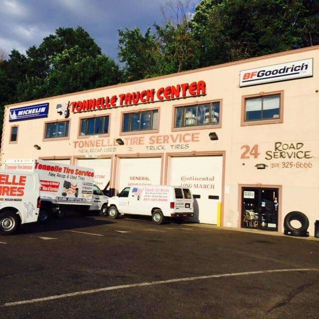 TONNELLE TRUCK TIRE SERVICE - car repair  | Photo 3 of 10 | Address: 1810 Tonnelle Ave, North Bergen, NJ 07047, USA | Phone: (201) 325-8666