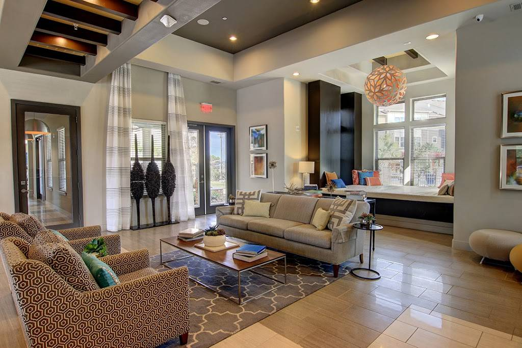Encore Crossings Apartments - real estate agency  | Photo 5 of 10 | Address: 2202 Nodding Pines Dr, Corpus Christi, TX 78414, USA | Phone: (361) 992-8100
