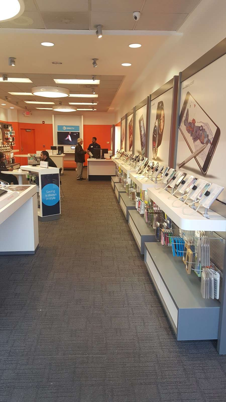 AT&T Store - electronics store  | Photo 3 of 9 | Address: 843 Bronx River Rd, Yonkers, NY 10708, USA | Phone: (914) 226-8240