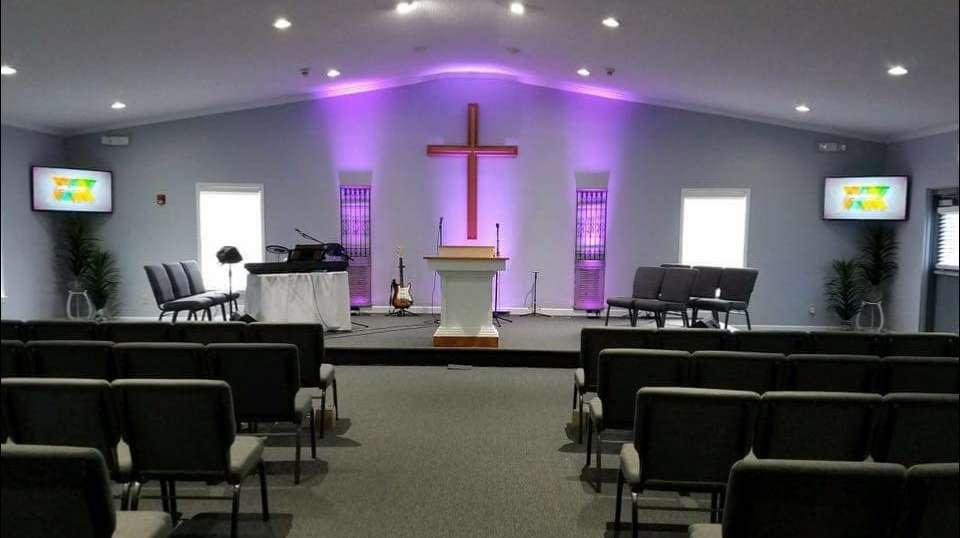 The Altar of Lake Norman - church  | Photo 1 of 10 | Address: 188 Wiggins Rd, Mt Ulla, NC 28125, USA | Phone: (336) 302-3501