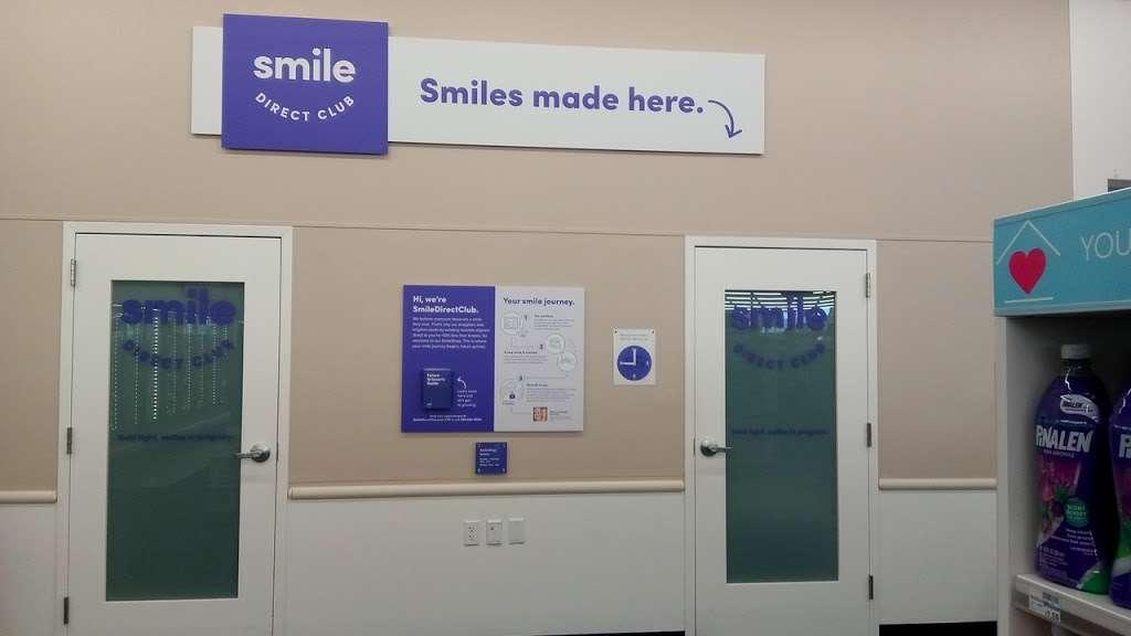 CVS Pharmacy - pharmacy  | Photo 6 of 7 | Address: 220 E Compton Blvd, Compton, CA 90220, USA | Phone: (310) 604-1747