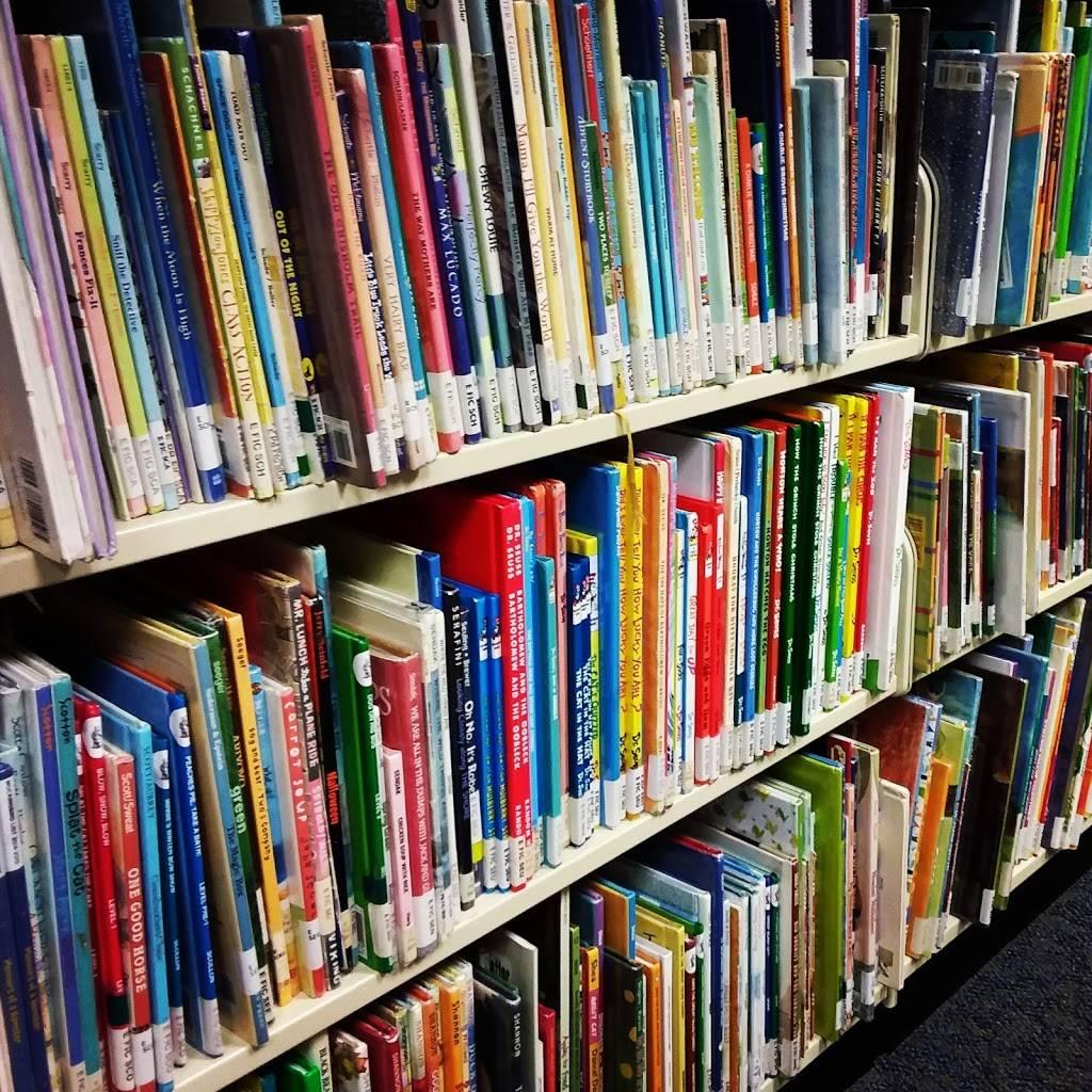 John Ed Keeter Public Library - library  | Photo 2 of 10 | Address: 355 W McLeroy Blvd, Saginaw, TX 76179, USA | Phone: (817) 230-0300