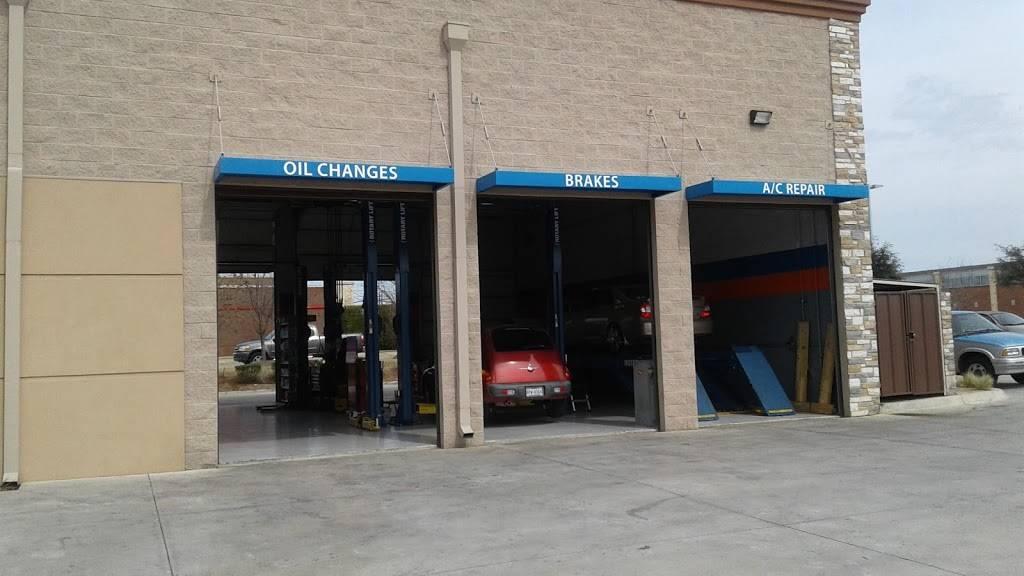 Service Pros - car repair  | Photo 6 of 8 | Address: 5611 S Cooper St, Arlington, TX 76017, USA | Phone: (817) 465-7767