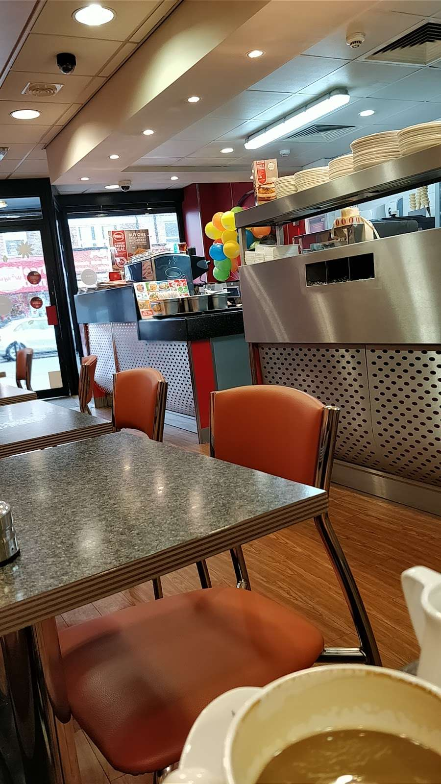 Wimpy - restaurant  | Photo 1 of 10 | Address: 95 High St, Eltham, London SE9 1TD, UK | Phone: 020 8850 8801