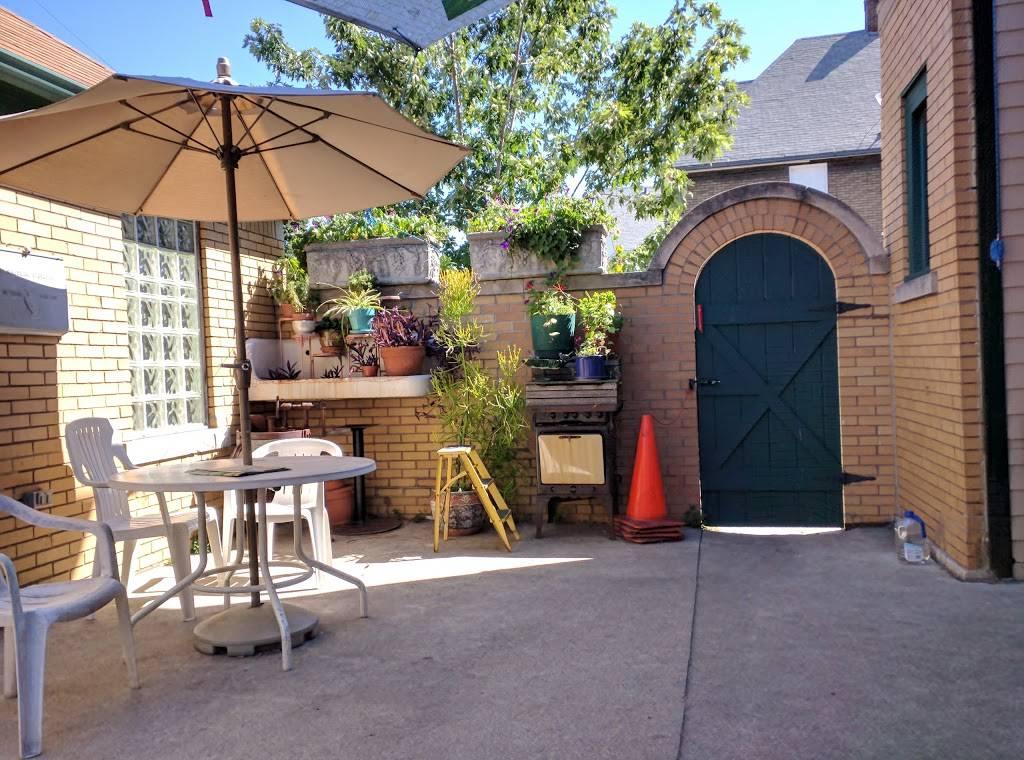 Cafe 1923 - cafe  | Photo 6 of 10 | Address: 2287 Holbrook Ave, Hamtramck, MI 48212, USA | Phone: (313) 319-8766