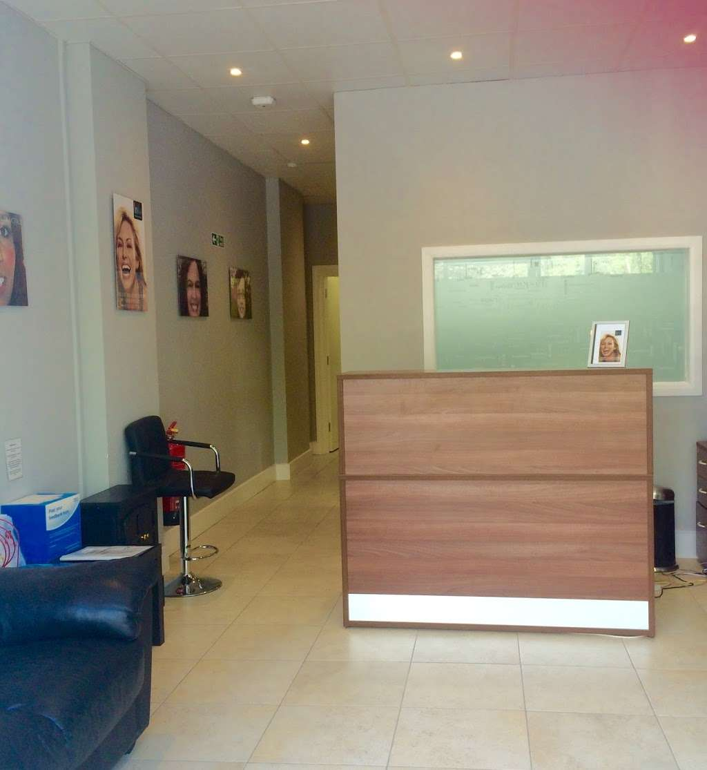 Wembley Orthodontic Centre - dentist  | Photo 2 of 10 | Address: 116 Windermere Ave, Wembley HA9 8RB, UK | Phone: 020 8904 5075