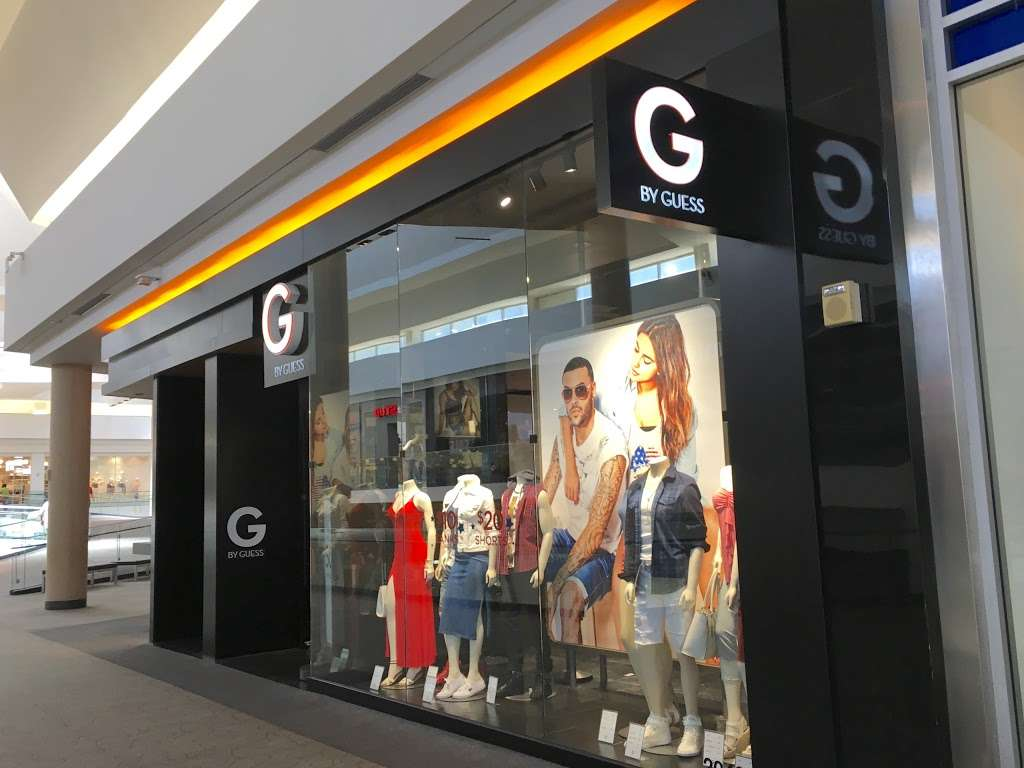 G by GUESS - clothing store  | Photo 3 of 6 | Address: EASTRIDGE MALL, 2200 Eastridge Loop #2048, San Jose, CA 95122, USA | Phone: (408) 238-2094