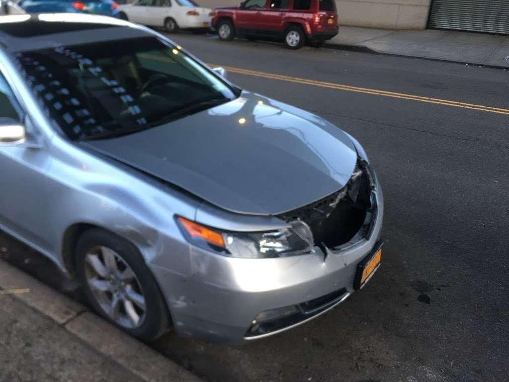 Bams Auto Body - car repair  | Photo 6 of 10 | Address: 86-11 Liberty Ave, Ozone Park, NY 11417, USA | Phone: (718) 738-8317