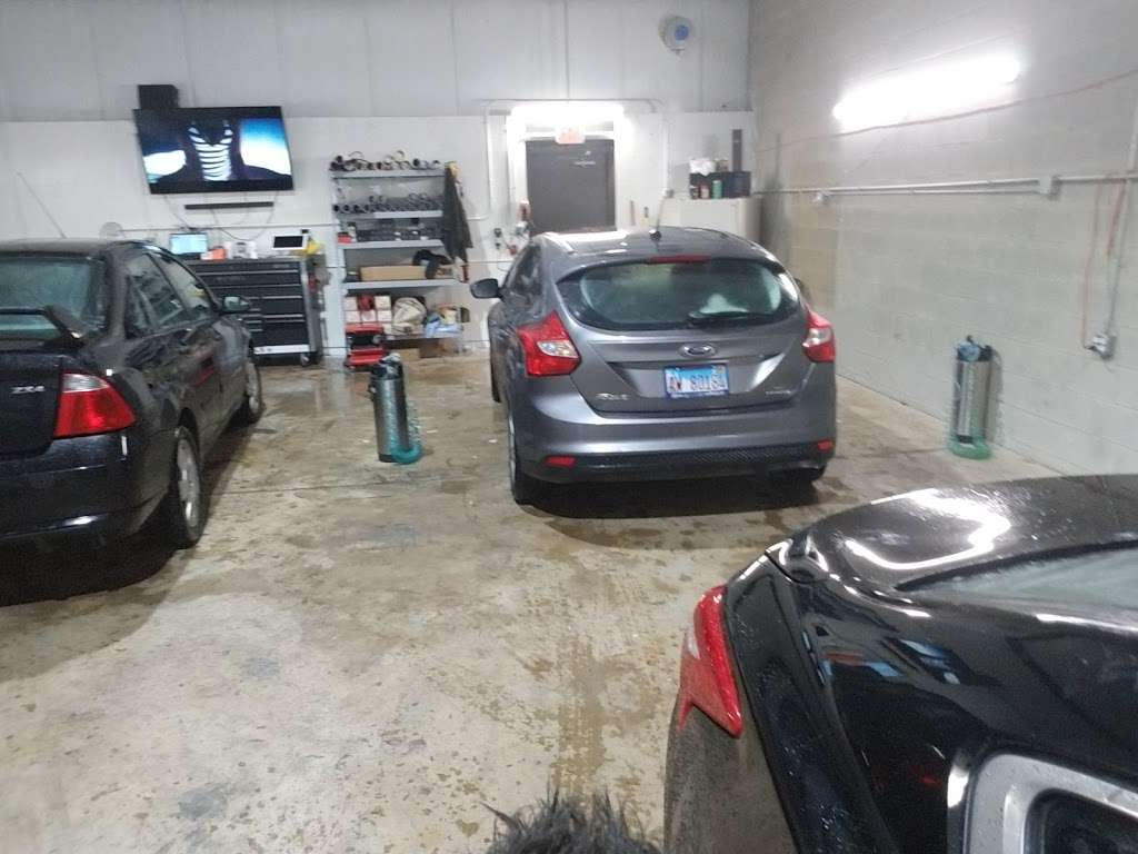EMJ WINDOW TINT SPECIALISTS - car repair  | Photo 1 of 10 | Address: 2291 Cornell Ave, Montgomery, IL 60538, USA | Phone: (224) 318-6134