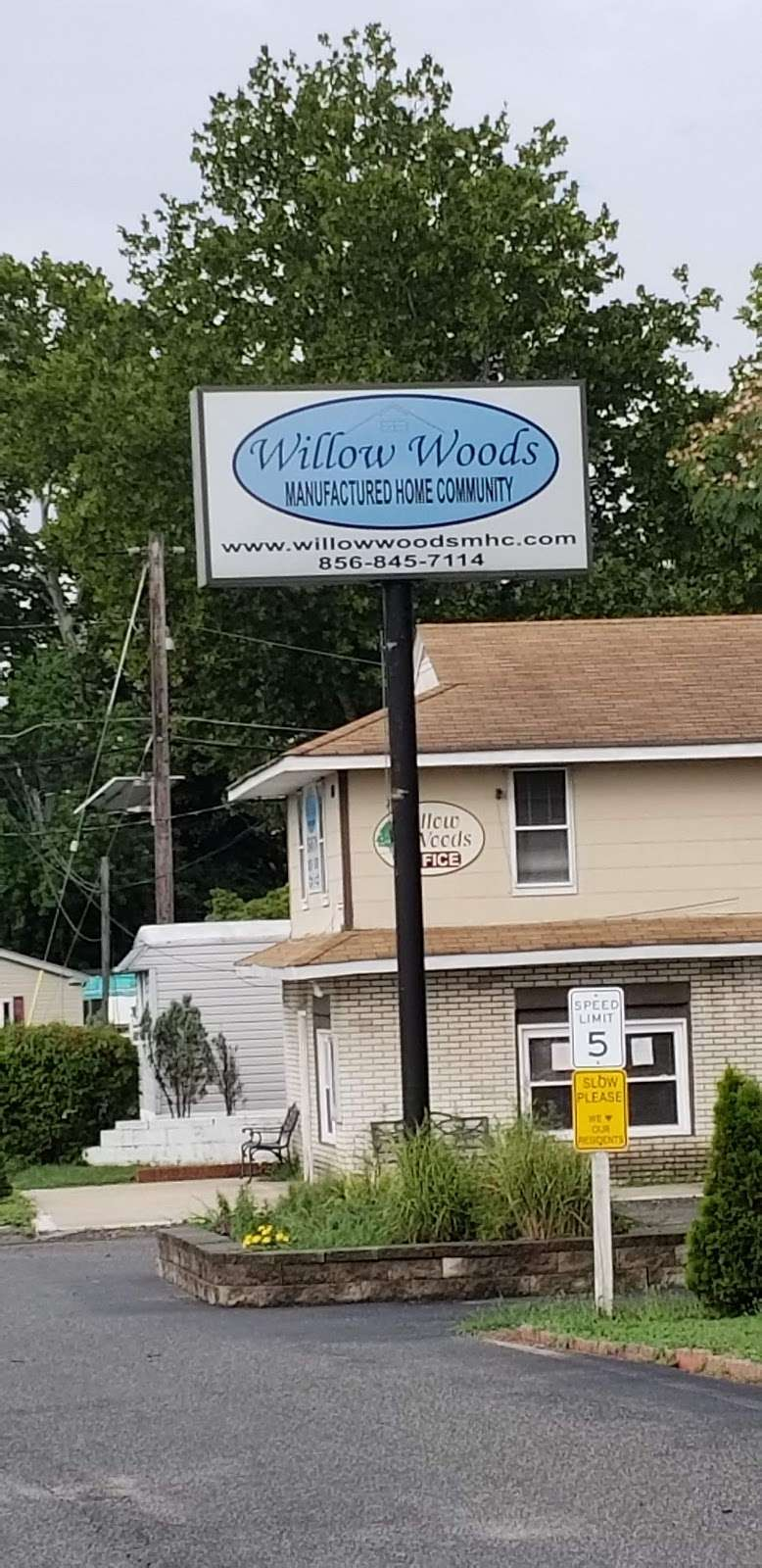 Willow Woods Mobile Home Park - rv park  | Photo 6 of 10 | Address: 1762 Crown Point Rd, Woodbury, NJ 08096, USA | Phone: (856) 845-7114