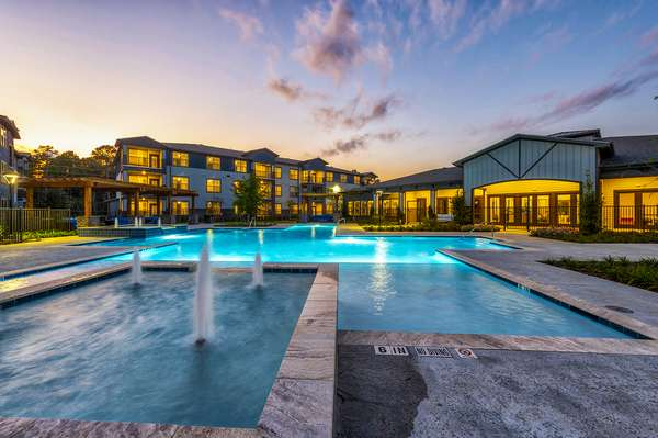 Ascend at Bridges - real estate agency  | Photo 7 of 9 | Address: 14100 Will Clayton Pkwy, Humble, TX 77346, USA | Phone: (281) 369-8100