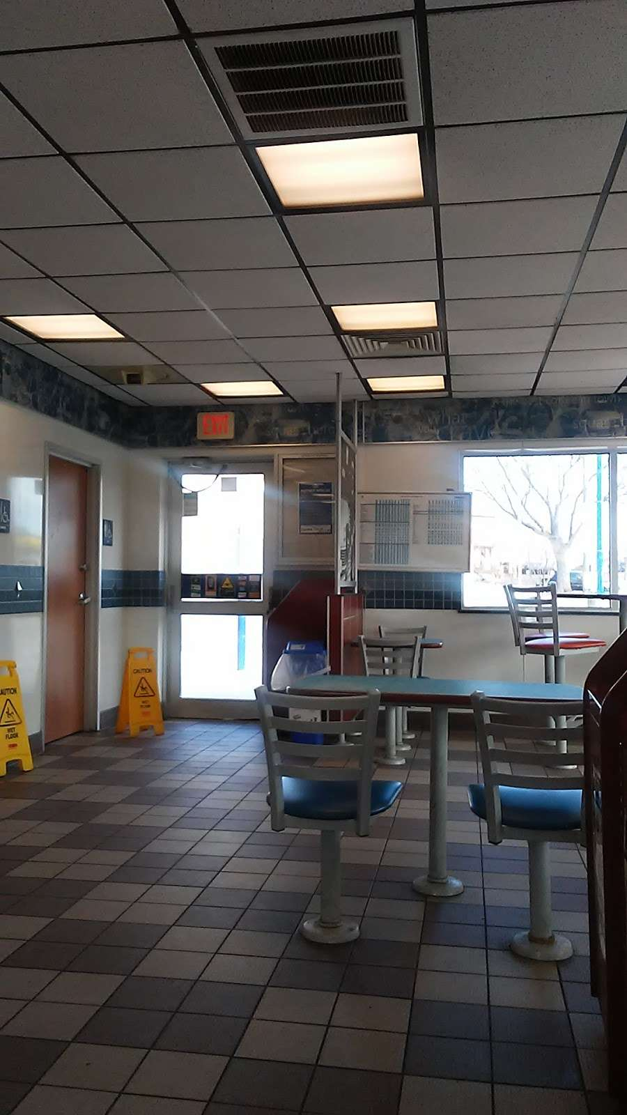 White Castle - restaurant  | Photo 10 of 10 | Address: 2701 Boston Rd, Bronx, NY 10467, USA | Phone: (718) 231-4978