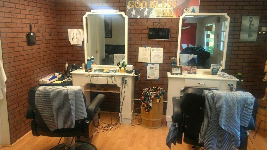 Uncle Harrys Barber Shop - hair care  | Photo 3 of 3 | Address: 7 Stafford Yard, Chepachet, RI 02814, USA | Phone: (401) 568-0068