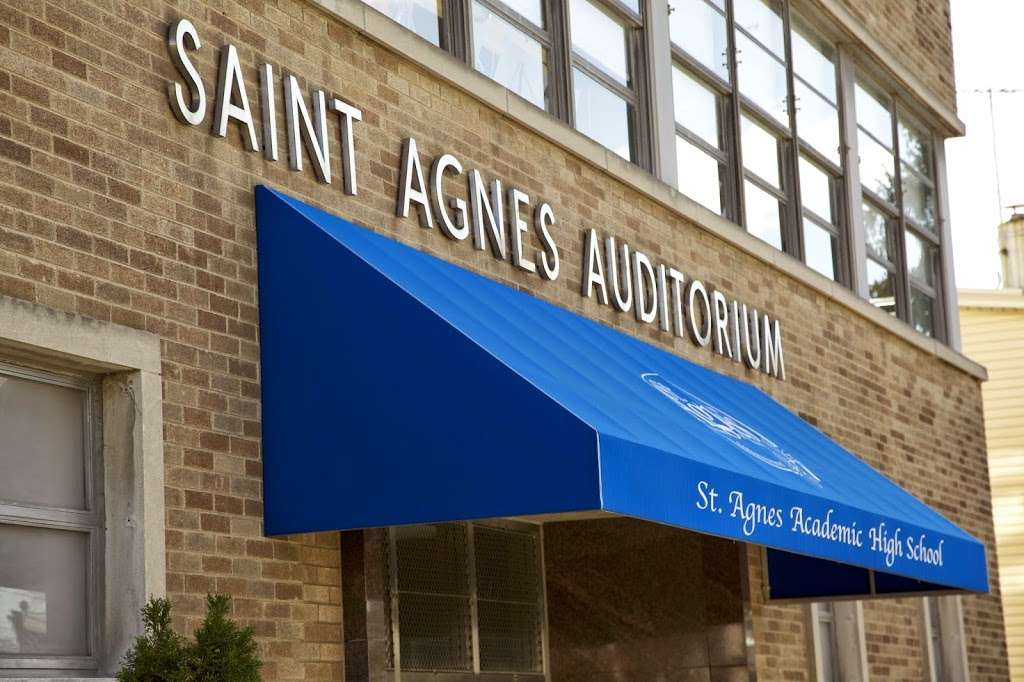 St Agnes Academic High School - school  | Photo 7 of 10 | Address: 1320 124th St, Flushing, NY 11356, USA | Phone: (718) 353-6276