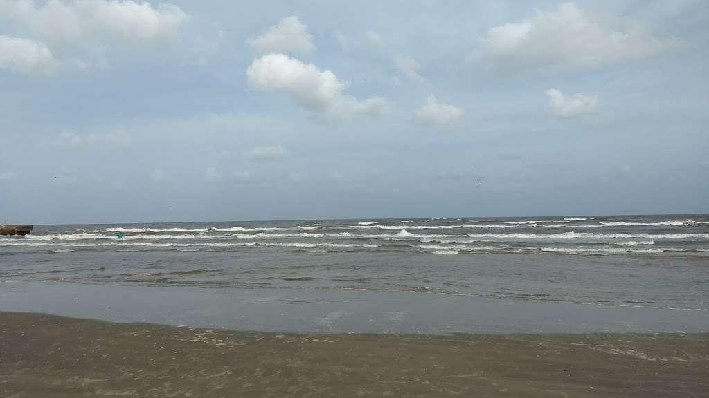 Hunts Treasure Beach House - real estate agency  | Photo 1 of 10 | Address: 12923 Jolly Roger Dr, Freeport, TX 77541, USA | Phone: (888) 573-4868